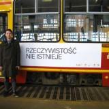 """""""Rzeczywistość nie istnieje"""", w ramach akcji Międzyludzka Przestrzeń Komunikacji, Fokus Łódź Biennale, 2010"""